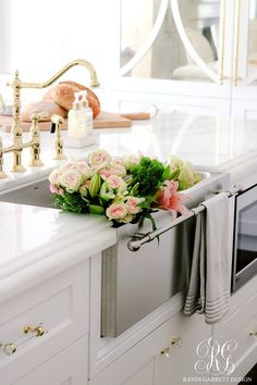 Remodeling Kitchen Lighting Dark to Light Kitchen Before and After - Elegant White Kitchen Reveal - Dark to Light Kitchen Before and After - Elegant White Kitchen Reveal - before and after tour of elegant white kitchen remodel Stainless Steel Farmhouse Sink, Farmhouse Sink Kitchen, Old Kitchen, Vintage Kitchen, Kitchen Decor, Kitchen Ideas, Kitchen Sinks, Cheap Kitchen, 1960s Kitchen