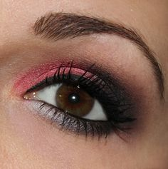 pink black eye make up http://www.talasia.de/2014/12/17/jolie-beauty-nights-make-up-und-outfit/