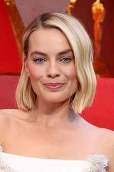 bob hairstyles 2019 Margot Robbie