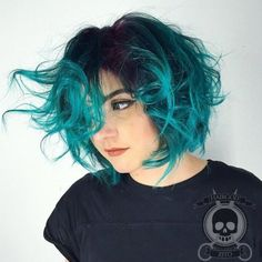 71 green hair colors ideas that you will love- 71 grüne Haare färben Ideen, die Sie lieben werden 71 green hair colors ideas that you will love - Short Hair Styles For Round Faces, Hairstyles For Round Faces, Bob Hairstyles, Curly Hair Styles, Pixie Haircuts, Short Hair Cuts For Teens, Medium Hairstyles, Trendy Hairstyles, Wedding Hairstyles