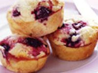 Mixed berry and white chocolate muffins INGREDIENTS 2 cups plain flour 3 teaspoon baking powder ¾ cup caster sugar 1 cup white choc-bits 1 cup buttermilk or milk 2 eggs 1 teaspoon vanilla extract 100g butter, melted, cooled slightly 1 cup Creative Gourmet frozen Mixed Berries - 180C