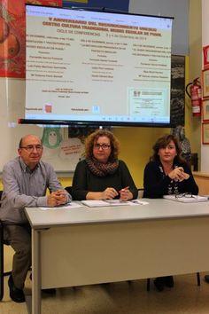 Algunos de los conferenciantes: fundador y director Fernando García, y colaboradora del Museo Elisa Moral http://www.museopusol.com/es/noticias/?cat=9&id=98&dat=12%202014