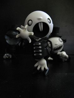 Monster_Theater_Toys_by_restmlin