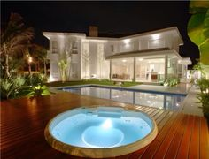 Gorgeous dramatic pool and deck home. Architect Fabiana Terra. Brazil