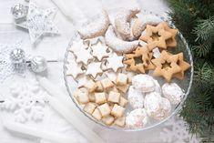 Podvodnice si určitě místo na vašem talíři s cukrovím najdou. Gingerbread Cookies, Christmas Cookies, Cinnamon, Vanilla, Food And Drink, Plates, Crescents, Drinks, Desserts