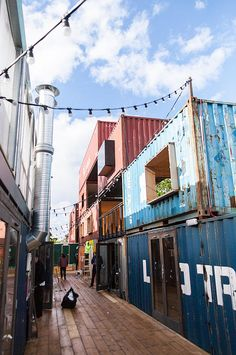 Pop Brixton market in Brixton, South London! Shipping Container Restaurant, Shipping Container Buildings, Shipping Container Homes, Shipping Containers, Container Shop, Cargo Container Homes, Brixton Market, Smart Home Design, Pop Up Market