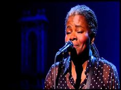Tracy Chapman Stand By Me David Letterman - YouTube ... Beautiful.