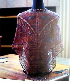 SUSANS-LACE-SHAWL-by-SUSAN-MERIDITH-for-FIESTA-YARNS-KNITTING-PATTERN-LEAFLET