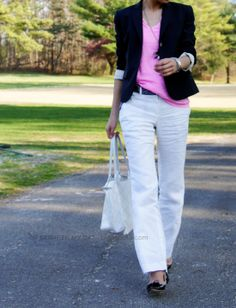 This petite fashion blog is FABulous. Love her style and can see some things working for me!!