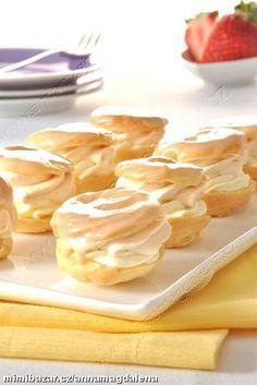 Minidezert větrníček - My site Czech Desserts, Mini Pavlova, Eastern European Recipes, Bread Dough Recipe, Czech Recipes, Mini Cakes, Christmas Baking, Sweet Recipes, Dessert Recipes