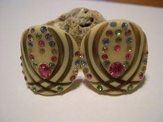 Vintage Bakelite Clip Earrings