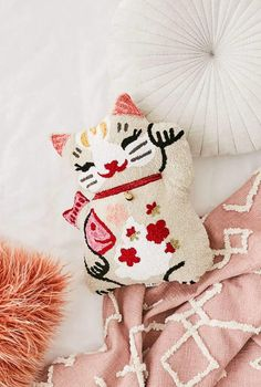 I love this cute lucky cat throw pillow. It looks so cuddly :) #cats #kitty #pillows #catlady #affiliate
