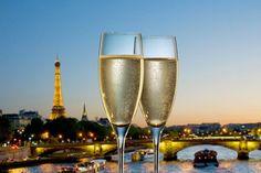 Book your Champagne cruise on the Seine in Paris with Les Vedettes du Pont Neuf. Diner Sur La Seine, Paris Summer, Summer Travel, Caribbean, Cruise, Champagne, River, Adventure, Night