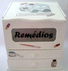 Caixa para Remédios com duas gavetas em mdf, pintado e decoupado , cor você escolhe e pode ser aplicado: Pintura com decoupage Craquelê Textura  (DESCONTO DE 10% NOS PAGAMENTOS VIA DEPOSITO BANCÁRIO APARTIR DE 28/06/12)  (Encomenda feita para Daniele de SP ) R$70,00