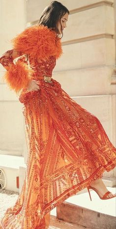 Hermes Orange, Middle Eastern Fashion, She's A Lady, House Of Beauty, Orange Fashion, Zuhair Murad, Winter Wear, Timeless Fashion, Runway Fashion