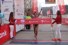 Este domingo nuestra coach Jennifer González (@jenni.atle ) buscará revalidar su triunfo en los 21k de Scotiabank. El año pasado culminó el medio maratón en 1:22:07.  Todavía quedan cupos disponibles para la prueba solidaria en http://ift.tt/1mmjFS1