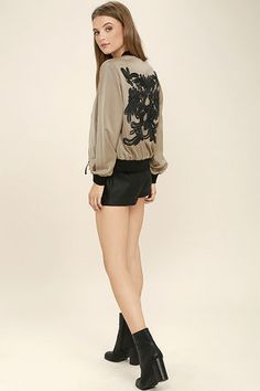 Bomber with laced back