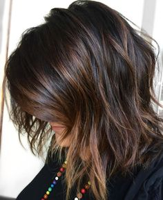 60 Chocolate Brown Hair Color Ideas for Brunettes Brown Balayage Bob with Side Bangs Chocolate Brown Hair Dye, Chocolate Color, Chocolate Highlights, Honey Chocolate, Medium Hair Styles, Short Hair Styles, Medium Length Hair Cuts With Layers, Hair Layers, Blonde Layers