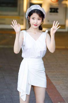 IU 180714 guest at Yoon Mirae's Concert Asian Actors, Korean Actresses, Actors & Actresses, Korean Girl, Asian Girl, Korean Style, Girl Fashion, Fashion Outfits, Kpop Outfits