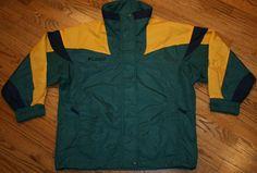 Columbia Bugaboo ski Jacket Coat Women Small green/winter/snowboard/hiking/camp #Columbia #BasicJacket Columbia Sportswear, Bugaboo, Snowboard, Coats For Women, Skiing, Camping, Winter, Green, Jackets