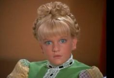 Cindy Brady freezes on live television.