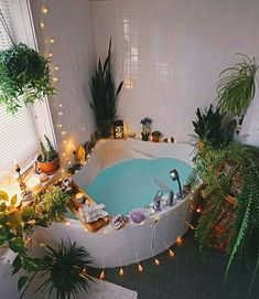 Home Decoration For Small House Dream Home Design, My Dream Home, Bohemian Bathroom, Aesthetic Room Decor, Dream Apartment, Room Ideas Bedroom, Dream Rooms, Cool Rooms, My New Room