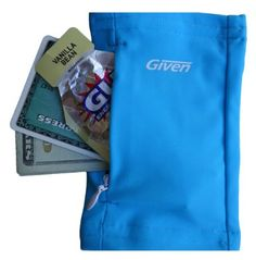Amazon.com: The Original Runners Wrist Wallet (Aqua): Sports & Outdoors