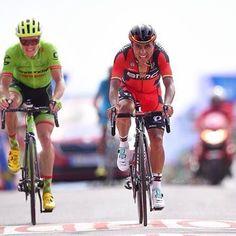 Darwin Atapuma rides into the red jersey stage 4 Vuelta Espana 2016 @tdwsport