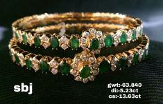 Plain Gold Bangles, Gold Bangles Design, Bridal Jewellery, Vintage Jewellery, Fashion Jewelry, Women's Fashion, Diamond Bangle, Bridal Fashion, Bangle Bracelets