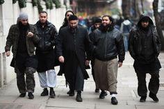 TERÖR DOSYASI : İngiliz istihbarat kuruluşlarına göre ülkede 23 bin aktif cihatçı var