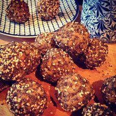 Chia, Energy Balls, Balls Recipe, I Foods, Cookies, Chocolate, Desserts, Recipes, Blog