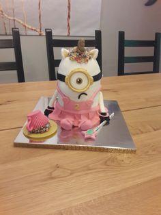 My take on the unicorn cake....MINIONS!!!!