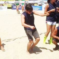 Josh playing in the celebrity volleyball game for 'Straight But Not Narrow'