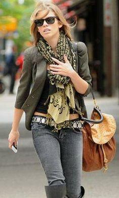 Who made AnnaLynne McCord's black sunglasses, brown handbag and print scarf?Scarf – Tolani  Sunglasses – Ray Ban  Purse – Miu Miu