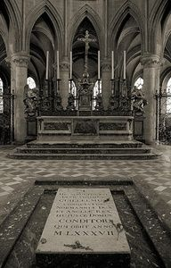 Tomb of William the Conqueror - Abbey of Saint-Étienne, Caen, France - By RicardMN Photography Uk History, My Family History, European History, British History, Asian History, Tudor History, History Facts, Ancient History, William The Conqueror