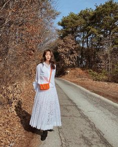 Lee Sung Kyung Photoshoot, Sung Hyun, Lace Skirt, Midi Skirt, Just She, Seohyun, Celebs, Celebrities, Jet Set