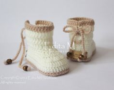 Crochet baby booties unisex baby shoes baby girl by EditaMHANDMADE Baby Boy Booties, Baby Boy Shoes, Crochet Socks, Booties Crochet, Easy Crochet, Crochet Baby Clothes, Unisex Baby Clothes, Knitted Baby Boots, Baby Shoes Pattern