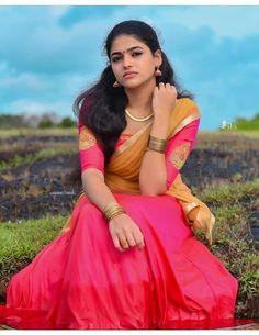 Frocks For Girls, Girls Dresses, Beauty Women, Beauty Girls, Dehati Girl Photo, Tamil Girls, Girl Photos, Family Photos, Cute Girl Face