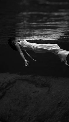 Spring Woman Floating Water Art #iPhone #6 #plus #wallpaper