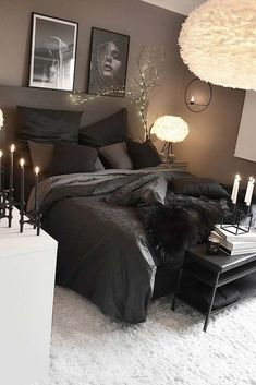credit Get motivated to design the home of your dreams with our inspiring looks and practical decorating tips. decoration interieur home decoration decoration salon Room Ideas Bedroom, Home Decor Bedroom, Living Room Decor, Bedroom Inspo, Black Bedroom Decor, Master Bedroom, Teen Bedroom, Living Room Designs, String Lights In The Bedroom
