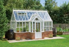 Gardenplaza - Victorian greenhouses are stylish and functional - Au . - Gardenplaza – Victorian greenhouses are stylish and functional – by tradition only the best - Victorian Greenhouses, Wooden Greenhouses, Backyard Greenhouse, Greenhouse Plans, Pergola, Garden Types, Diy Shed, Diy Garden Projects, Plantar