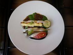 JHS * * * /  Apéritif, cannolo pommes de terre et les crevettes et ricotta et anchois aux aubergines,sauce verts fenouil et tapenade Gino D'Aquino