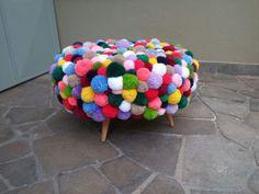 Puff de pom poms - MiriamZanini.com