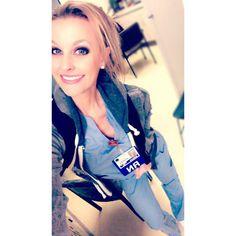 Beautiful Nurse, Louis Vuitton Twist, Ems, Shoulder Bag, Pretty, Instagram, Fashion, Moda, Fashion Styles