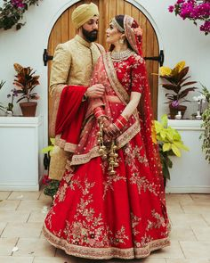 New Sabyasachi Bridal Lehenga Red Colour Ideas Indian Bridal Outfits, Indian Bridal Fashion, Indian Bridal Wear, Bridal Dresses, Indian Dresses, Sabyasachi Lehenga Bridal, Indian Bridal Lehenga, Anarkali, Bridal Dupatta