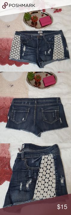 Festival Shorts Size 17 by Mudd shorts. Distressed with crochet flowers on side cutoff look shorts. Great summer and festival piece. Gently used condition not brand new. Feel free to ask questions or request more photos. I do bundle discounts and accept offers. Check my listings for items that are free with a minimum purchase. Thanks for looking and happy poshing! Mudd Shorts