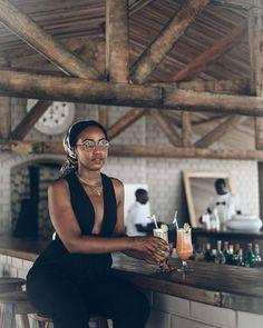 Travel looks to recreate for your next vacation Brown Skin, Dark Skin, Black Girl Magic, Black Girls, Beautiful Black Women, Beautiful People, Elizabeth Arden, Pelo Afro, Black Girl Aesthetic