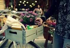 Have a nice day with your own bicycle basket by gothamcargo.com !