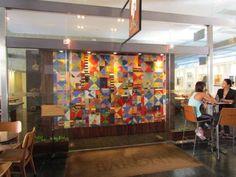 """Em cartaz na galeria de arte do Café Baroni a exposição """"Afluência"""". A entrada é Catraca Livre."""