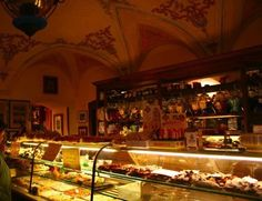 The most delicious pastries are to be found at this coffee shop in Sarzana.